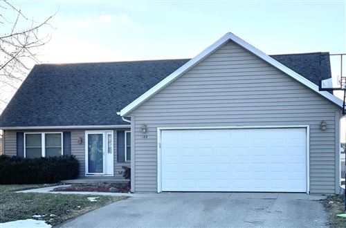 Photo of 122 Autumn Dr, Delavan, WI 53115 (MLS # 1679300)