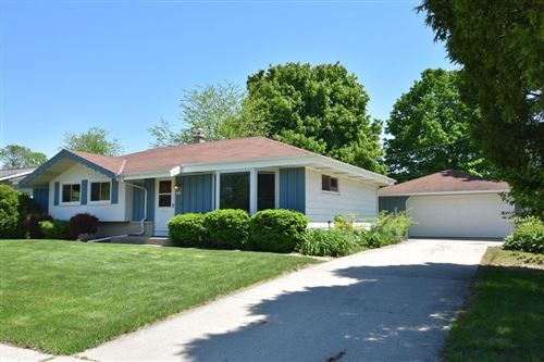 Photo of 1514 1st Ave, Grafton, WI 53024 (MLS # 1692301)