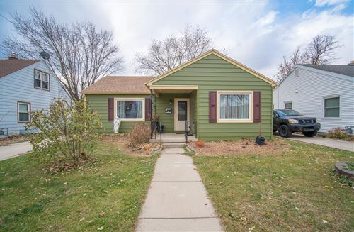 Photo of 652 Midland Ave, West Bend, WI 53090 (MLS # 1718302)