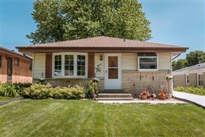 Photo of 2022 N 113th St, Wauwatosa, WI 53226 (MLS # 1648303)
