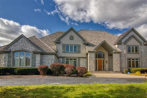 Photo of 11409 N Justin Dr, Mequon, WI 53092 (MLS # 1675305)