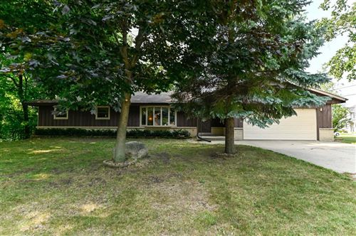 Photo of 3231 W Central Ave, Franklin, WI 53132 (MLS # 1753312)