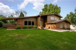 Photo of 909 Crestview Dr, Port Washington, WI 53074 (MLS # 1660319)