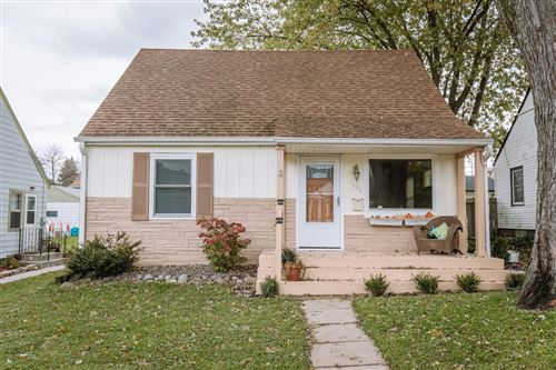Photo of 926 S 102nd St, West Allis, WI 53214 (MLS # 1665319)