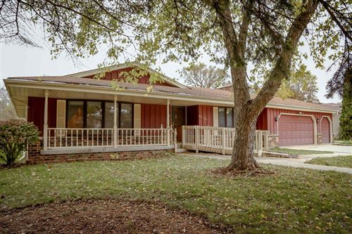 Photo of 9428 W Layton Ave, Greenfield, WI 53228 (MLS # 1716321)