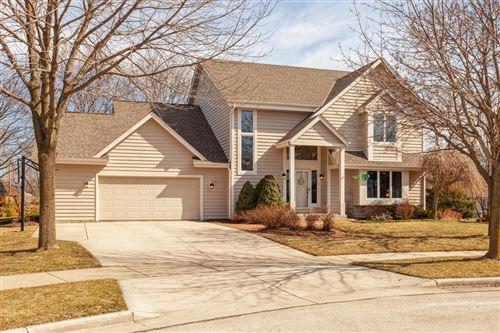 Photo of N40W6842 Cottonwood Ct, Cedarburg, WI 53012 (MLS # 1733322)