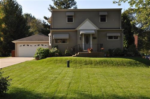 Photo of W187S6655 Agate Dr, Muskego, WI 53150 (MLS # 1667325)