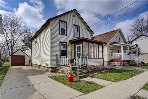 Photo of 317 Fox St, Burlington, WI 53105 (MLS # 1684326)