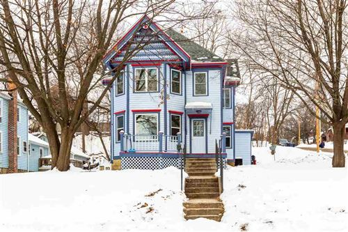 Photo of 221 Oakland Ave, Janesville, WI 53545 (MLS # 1900326)