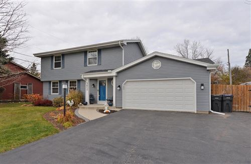 Photo of 5612 Riviera Dr, Mount Pleasant, WI 53406 (MLS # 1716327)