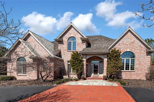 Photo of 4114 W Stonefield Rd, Mequon, WI 53092 (MLS # 1733332)