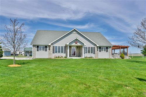 Photo of 2522 Elderberry Ln, Richfield, WI 53076 (MLS # 1688333)