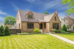 Photo of 4827 N Newhall St, Whitefish Bay, WI 53217 (MLS # 1646338)