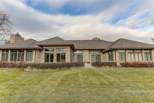 Photo of 6309 Parkview Rd, Greendale, WI 53129 (MLS # 1670342)