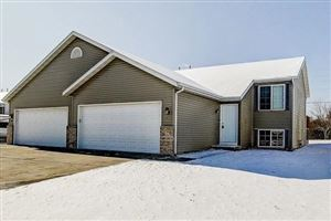Photo of 511 Reena Ave, Fort Atkinson, WI 53538 (MLS # 1667343)