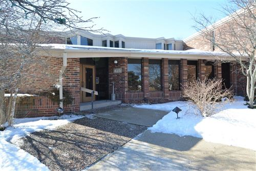 Photo of 425 W Willow Ct #229, Fox Point, WI 53217 (MLS # 1677343)