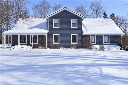 Photo of 26328 Grace Dr, Waterford, WI 53185 (MLS # 1727347)