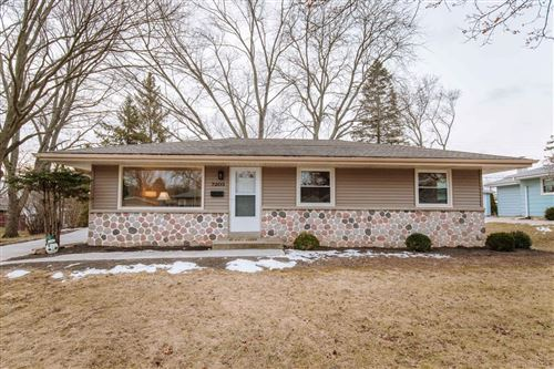 Photo of 7203 Dorchester Ln, Greendale, WI 53129 (MLS # 1671348)