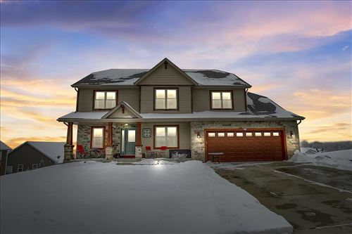 Photo of 208 Tansdale Ct, Johnson Creek, WI 53038 (MLS # 1900348)