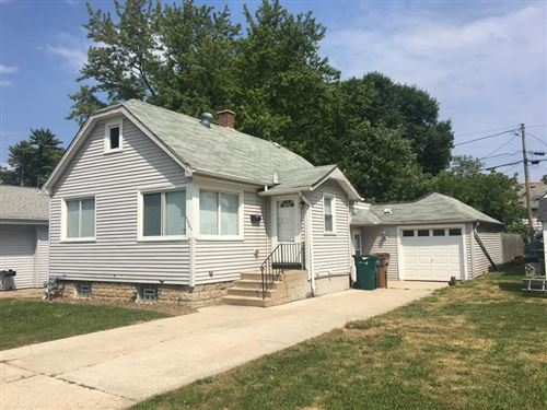 Photo of 4604 N River Park Blvd, Glendale, WI 53209 (MLS # 1705349)