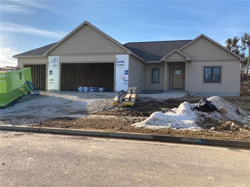 Photo of 715 Evergreen Dr, Brownsville, WI 53006 (MLS # 1725351)