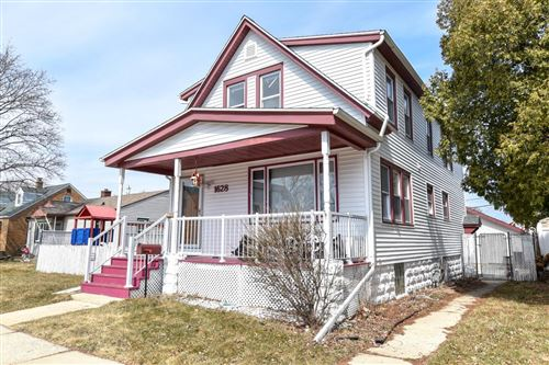 Photo of 1628 Manitoba Ave, South Milwaukee, WI 53172 (MLS # 1629352)
