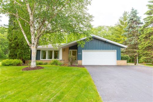 Photo of 30938 Pleasant View Dr, Waterford, WI 53185 (MLS # 1693352)