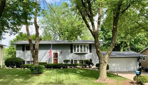 Photo of 1425 Lakeview Dr, Fort Atkinson, WI 53538 (MLS # 1749352)