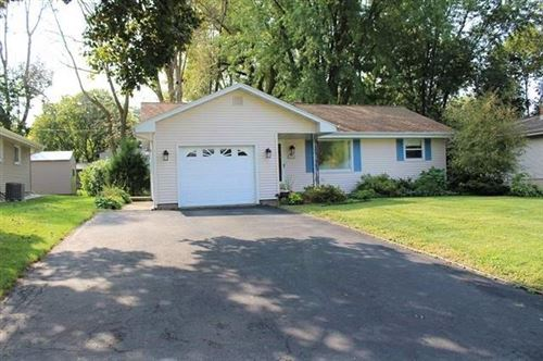 Photo of 117 Cherokee Rd, Beaver Dam, WI 53916 (MLS # 1894354)