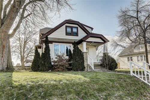 Photo of 1217 Marion Ave, South Milwaukee, WI 53172 (MLS # 1670357)