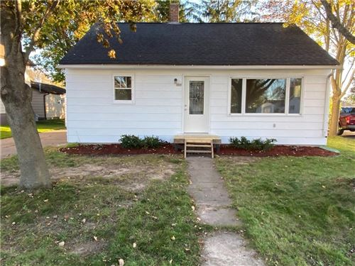 Photo of 423 WOODFIELD CIR 17-1, WATERFORD, WI 53185 (MLS # 1559362)