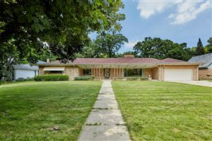 Photo of 7436 Maple Ter, Wauwatosa, WI 53213 (MLS # 1648364)