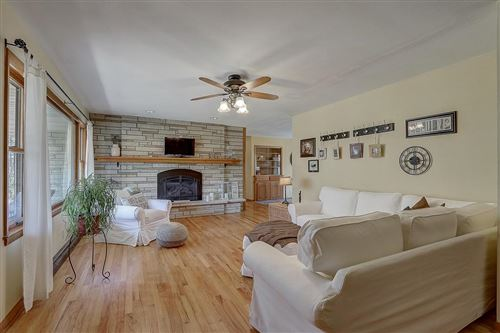 Photo of 8472 S 44th St, Franklin, WI 53132 (MLS # 1717365)
