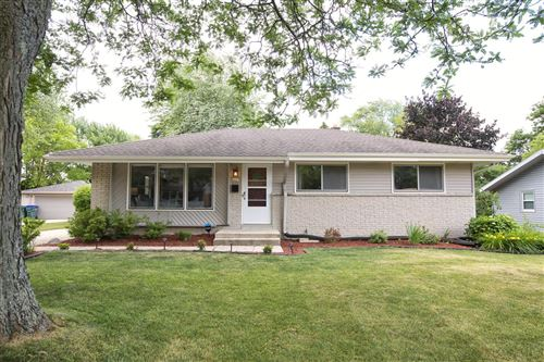 Photo of 6427 Manchester Dr, Greendale, WI 53129 (MLS # 1748365)