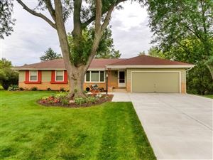 Photo of 4486 S 114th St, Greenfield, WI 53228 (MLS # 1667367)