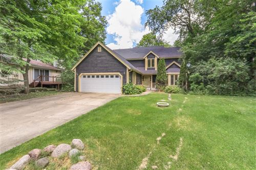 Photo of W5670 Cool Hill Dr, Elkhorn, WI 53121 (MLS # 1696368)