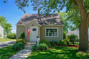 Photo of 217 Fremont St, Watertown, WI 53098 (MLS # 1648371)
