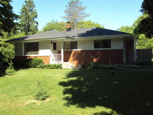 Photo of 5415 S Williams Rd, New Berlin, WI 53146 (MLS # 1694371)