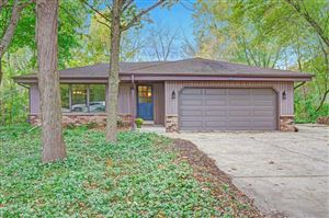 Photo of 8861 S 35th St, Franklin, WI 53132 (MLS # 1664372)