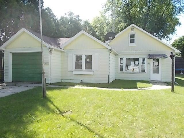 388 14th St, Fond du Lac, WI 54935 - MLS#: 1890372