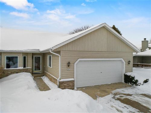 Photo of 5391 S 45th St, Greenfield, WI 53220 (MLS # 1727373)