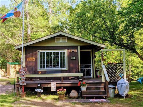 Photo of 8960 TOWN LINE RD, KEWASKUM, WI 53040 (MLS # 1554374)