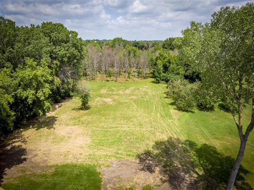 Photo of N59W5674 Portland Rd, Cedarburg, WI 53012 (MLS # 1733374)