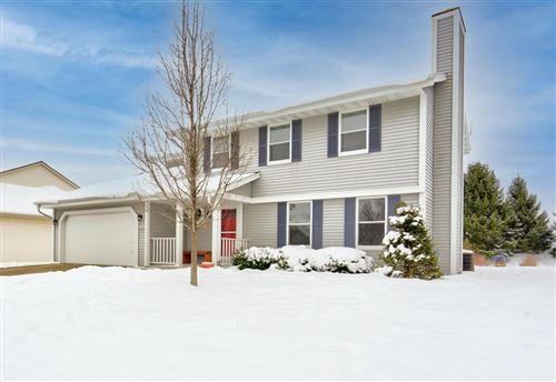 Photo of N57W24867 Clover Dr, Sussex, WI 53089 (MLS # 1723376)