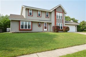 Photo of 5729 80th St, Kenosha, WI 53142 (MLS # 1647385)