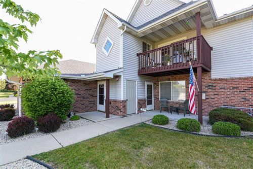 Photo of 165 W Aspen Ct #1, Oak Creek, WI 53154 (MLS # 1695387)