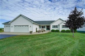 Photo of 2410 Ofsthun Rd, Cottage Grove, WI 53527 (MLS # 1869389)
