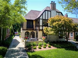 Photo of 2633 E Beverly Rd, Shorewood, WI 53211 (MLS # 1643391)