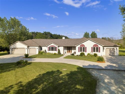 Photo of 194 60th St, Caledonia, WI 53108 (MLS # 1665393)