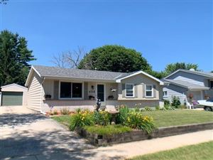 Photo of 626 Clear View Dr, West Bend, WI 53090 (MLS # 1648397)